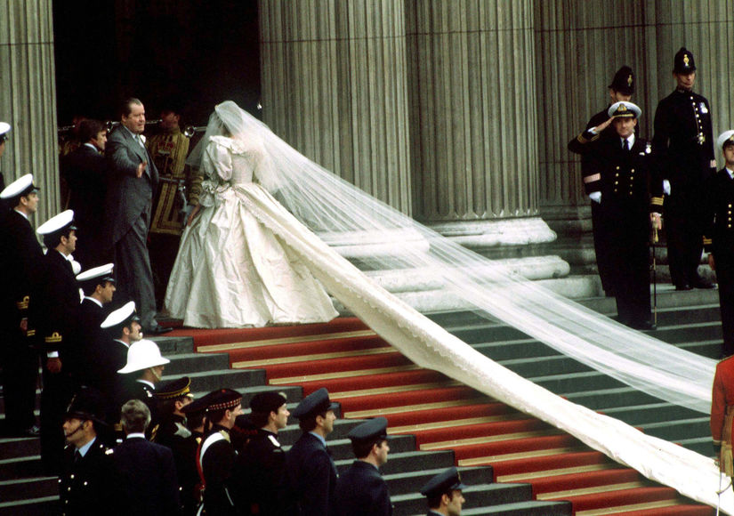 princess-diana-veil-getty