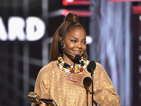 Janet Jackson Performs on the BBMAs, Refers to #MeToo in Speech