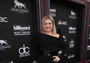 Kelly Clarkson Reveals Secret Behind Her New Blonde Lob