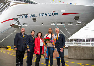 A Star-Studded Welcome For the Carnival Horizon