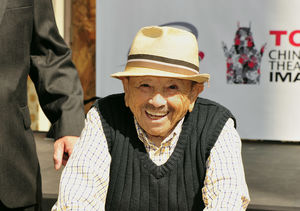 'Wizard of Oz' Munchkin Jerry Maren Dead at 98