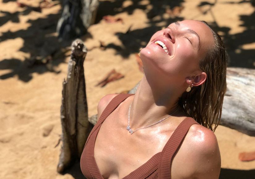 Hot Mama! Peta Murgatroyd Shows Off Bikini Bod on Vacay