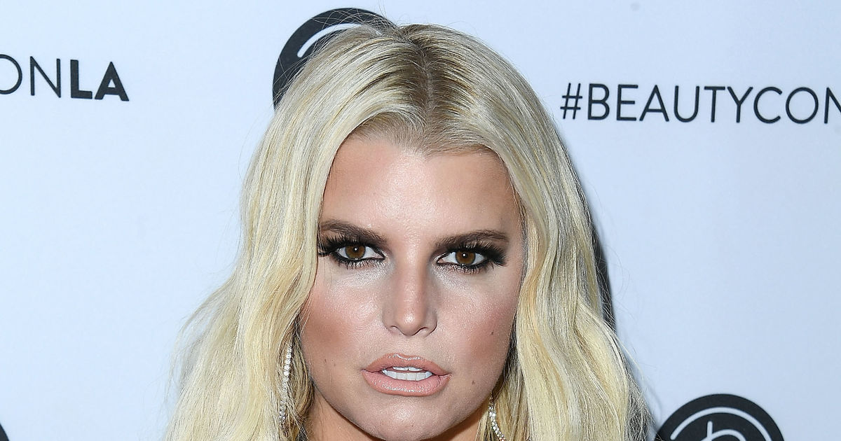 Jessica Simpson Claps Back at Mommy Shamers | ExtraTV.com