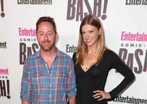 New Couple Alert! 'Orville' Co-Stars Scott Grimes & Adrianne Palicki Go…