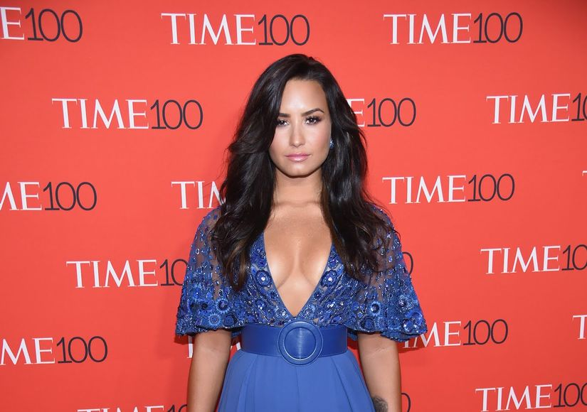 Demi Lovato Steps Out for Dinner Date After Leaving Rehab
