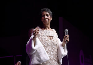 Aretha Franklin's Family Gathers, Reports Say She's Gravely Ill
