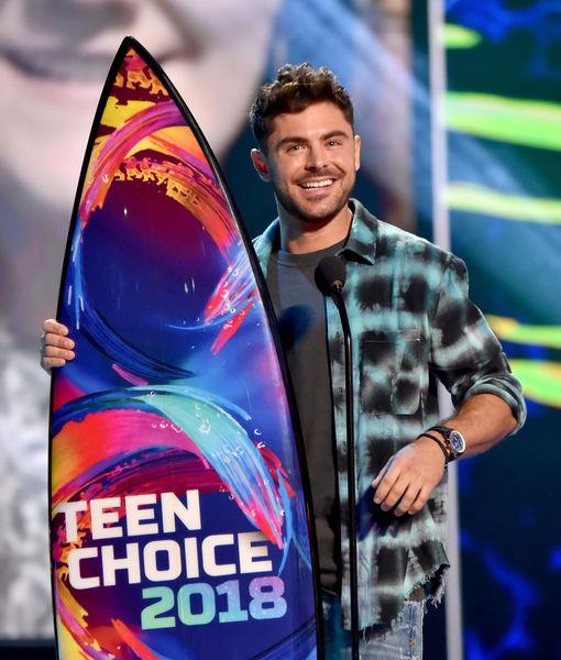 Pics! Stars at the Teen Choice Awards