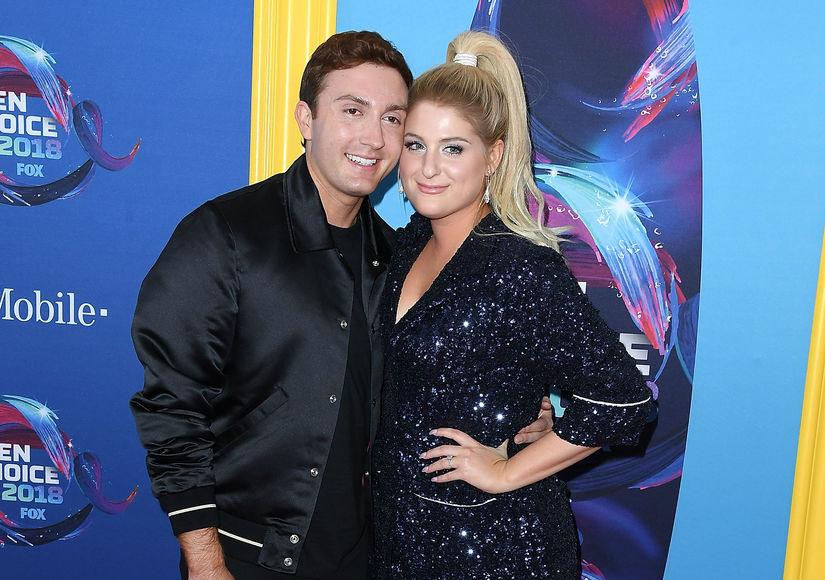 'Extra' at the 2018 Teen Choice Awards