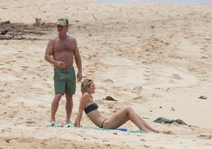 Sean Penn and Much Younger GF Enjoy Beach Vacation in Hawaii