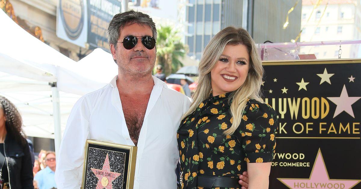 Playlist : Celebrity Playlist: Kelly Clarkson's Christmas ...