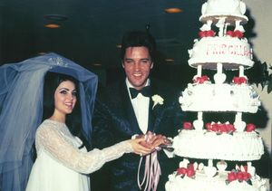 Video! Couple Ties the Knot at Brand-New Chapel at Elvis' Graceland