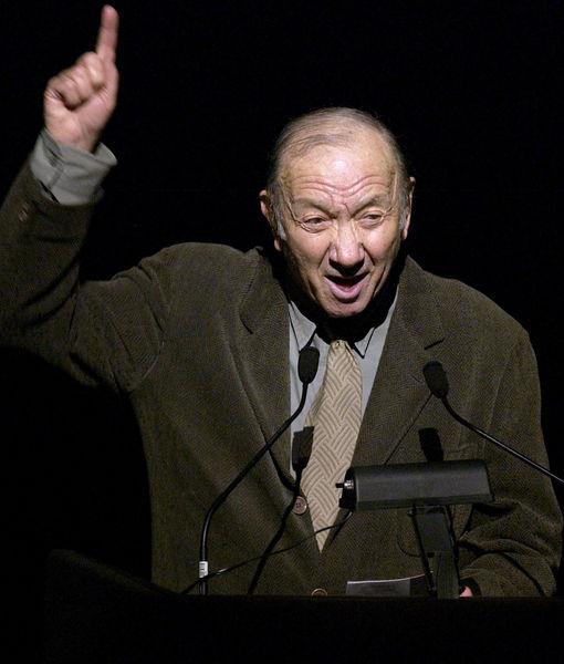 Neil Simon, Legendary Playwright, Dead at 91