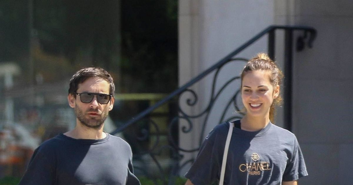 Tobey Maguire Spotted with Much Younger GF — Who's the ...