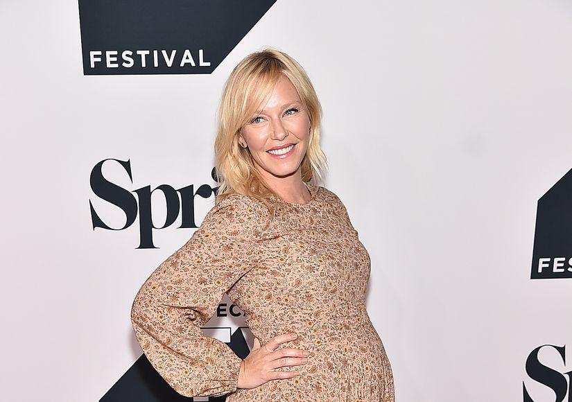 Kelli Giddish Expecting Baby #2 — See Her Growing Bump!