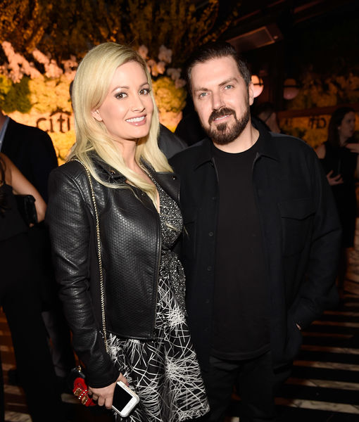 Holly Madison & Pasquale Rotella Split