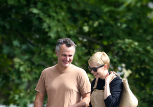 Pics! Michelle Williams & Phil Elverum Spotted for First Time…