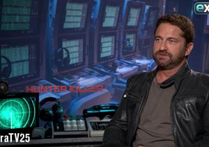 LOL! Gerard Butler Takes 'Extra's' Submarine Pop Quiz