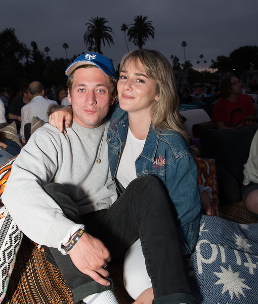 First Baby Pic! Jeremy Allen White Welcomes First Child with GF Addison Timlin