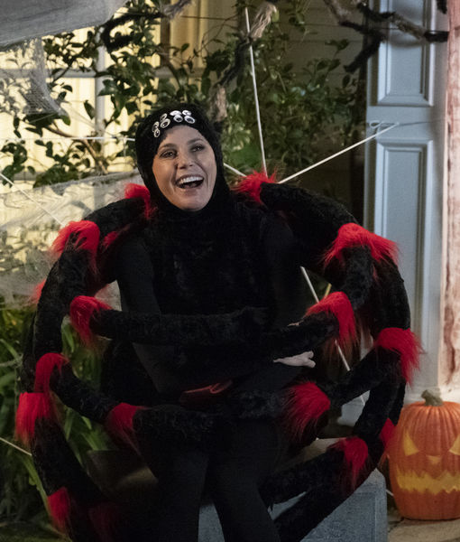 Watch! Julie Bowen Twerks in Black Widow Costume on 'Modern Family' Set