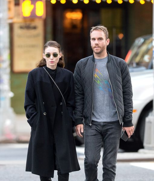 """Game of Thrones"" star Emilia Clarke and director Charlie McDowell are sparking dating rumors!"