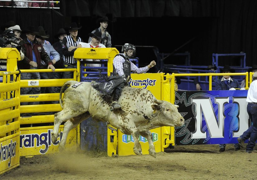 Las Vegas Rodeo >> Win It A Pair Of Tickets To The National Finals Rodeo In