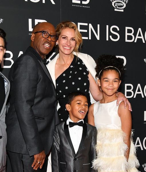 How Julia Roberts Rescued Emotional Courtney B. Vance