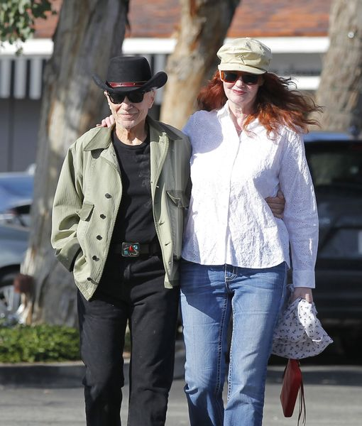 Robert Blake Files for Divorce from Pamela Hudak