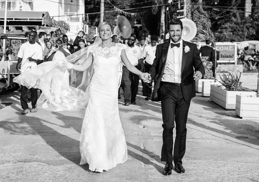 Emily VanCamp & Josh Bowman Marry in the Bahamas