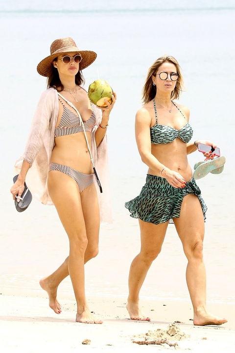 a821d8b4164 alessandra-ambrosio-bikini-backgrid. Alessandra Ambrosio flaunted her fit  ...