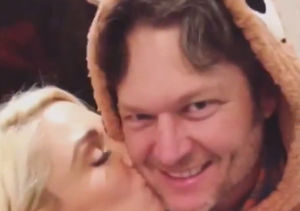 Blake & Gwen's Belated Christmas Bonanza: Kisses, Kiddos, Cooking and…