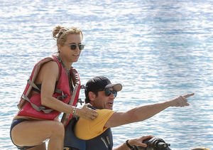 Friendly Exes! David Duchovny & Téa Leoni Vacation Together in…