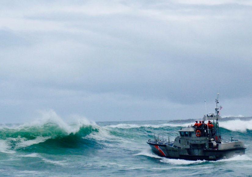 Crab Boat Capsizes, Killing Crew