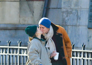 PDA Alert! Sienna Miller & Much Younger BF Lucas Zwirner Make Relationship…