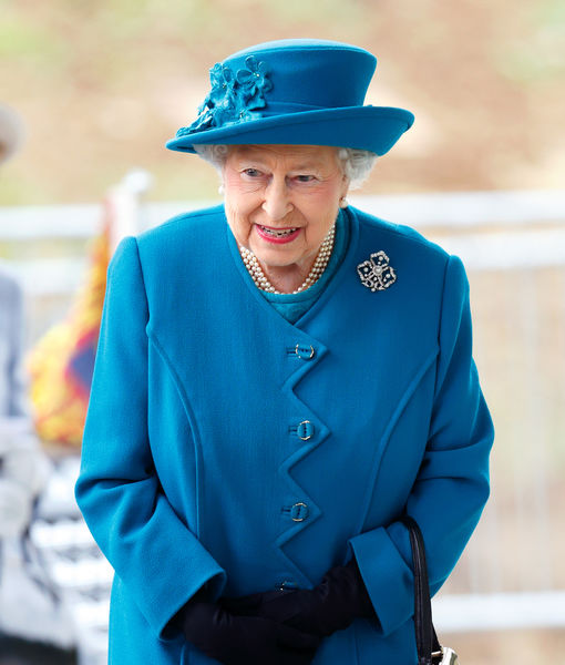 Queen Elizabeth, 92, Drives Without Seatbeat — After Husband's Crash