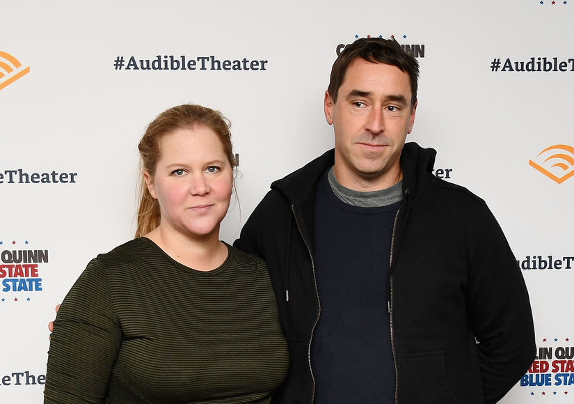 Amy Schumer Posts Pumping Pic: 'What Are We Doing Tonight?'