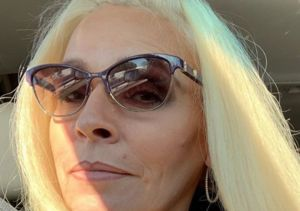 'Dog the Bounty Hunter' Star Beth Chapman Shares Selfie from Hawaii…