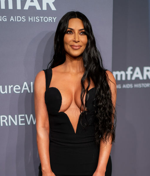 Watch! Medical Medium Anthony William Helps Kim Kardashian with Her Psoriasis