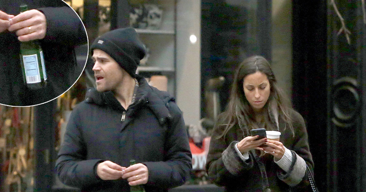 Secretly Married? Paul Wesley & His GF Wear Matching Rings ...