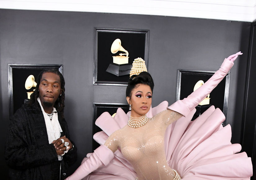 Cardi B & Offset Hit the Grammys Red Carpet Together as She Stuns in '90s…