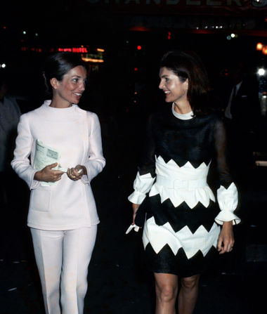 Lee Radziwiłł, Socialite and Style Icon, Dead at 85