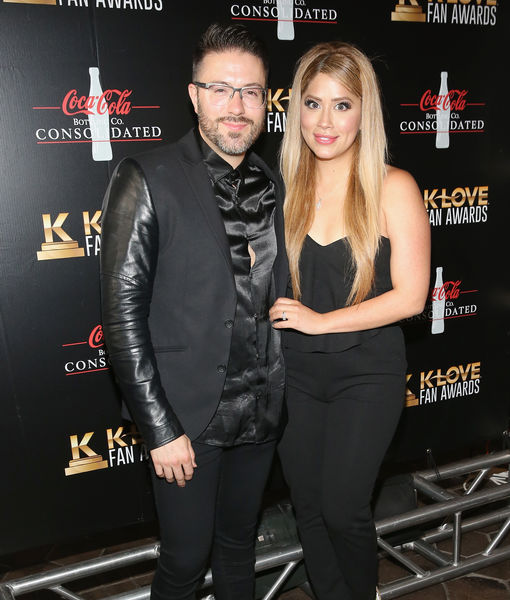 Danny Gokey & Wife Leyicet Expecting Baby #4 — See Their Cute…