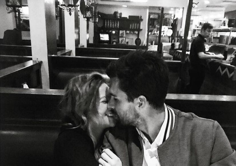 Brittany Snow Engaged — See Her Diamond Ring!
