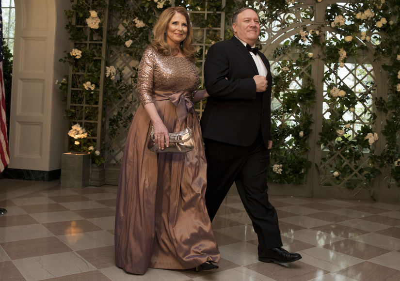 'Extra' Exclusive! A Glimpse of Secretary of State Mike Pompeo's Personal Life