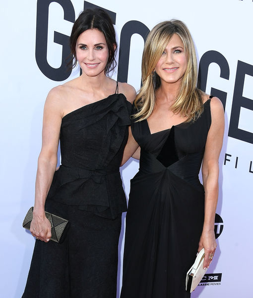 You Will React How Jennifer Aniston Did Seeing Courteney Cox's Daughter So Grown Up!