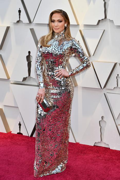 c0604b5d005a Jennifer Lopez Is Beyond Glam in Silver Metallic Oscars Dress ...