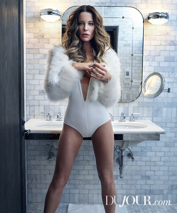 Kate-Beckinsale-DuJour