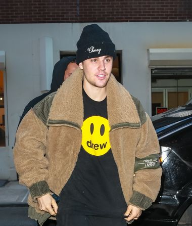 Justin Bieber Defends His Marriage, Plus: How He Feels About Selena…