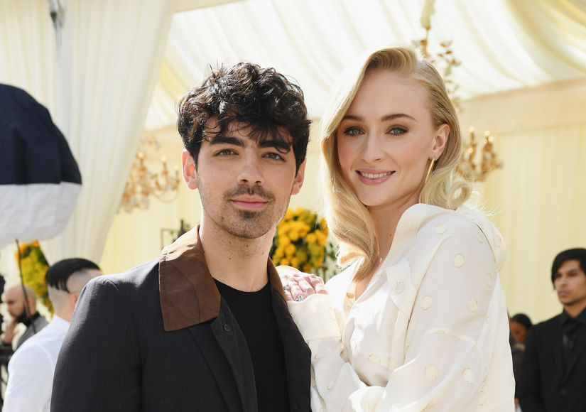 Sophie Turner on Who Knows How 'Game of Thrones' Ends