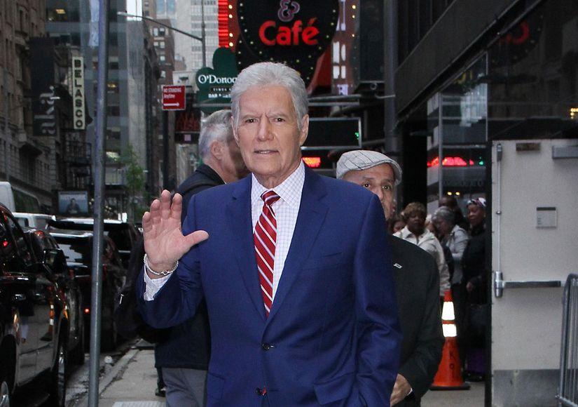 'Jeopardy!' Host Alex Trebek Says He's Undergoing More Chemo