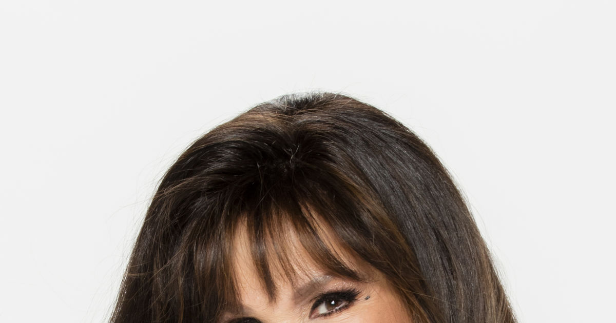 It S Official Marie Osmond Is Sara Gilbert S Replacement